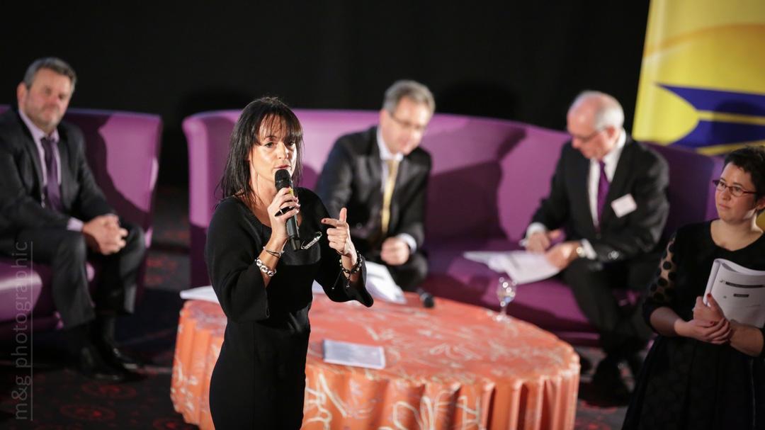 Photographe annecy geneve photo entreprise reunion discours parole meeting